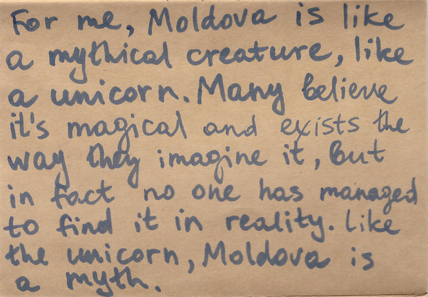 "Bild:  Writing about Moldova. Artiom Zavadovsky, Summer de(School)ing participant. ""Taxonomy Moldova. Re-Searching"", 2019"